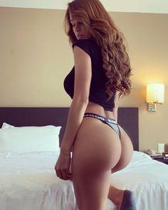 Hottest Weather Girls, Fit Women, Sexy Women, Female Eyes, Sexy Ass, Nice Tops, Asian Woman, Girl Photos, Bikinis