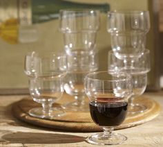 STACKABLE WINE GLASS, SET OF 6...would come in handy for parties