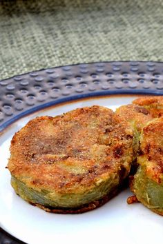 Fried Green Tomatoes Recipe Easy, Baked Green Tomatoes, Baked Parmesan Tomatoes, Green Tomato Recipes, Fried Tomatoes, Garlic Parmesan, Green Tomato Casserole Recipe, Side Dish Recipes, Vegetable Recipes