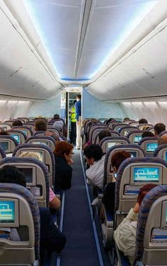 Long flights don't have to be torturous. Travel Info, Travel Usa, Travel Tips, Travel Hacks, Travel Plane, Best Vacations, Vacation Destinations, Chicken Breast Recipes Healthy, Travel Clothes Women