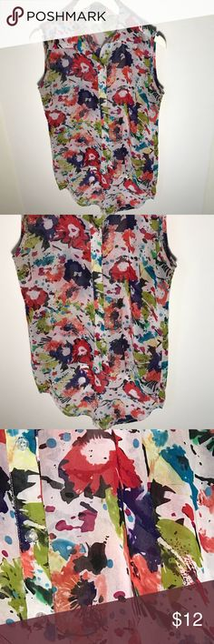 Step in style sleeveless top size medium Step in style  paint splash  sleeveless top  size medium  Button down  Great condition step in style Tops