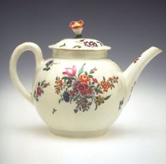 Teapot and Cover Worcester Factory Date: ca. 1770