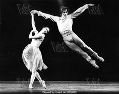 Rudolf Nureyev (1938-93) and Antoinette Sibley (b.1939) in Chopin's Dances at a Gathering by The Royal Ballet at the Royal Opera House, photo Anthony Crickmay (b.1937). Choreography by Jerome Robbins (1918-1998). Black and white photography. London, England, 1970.