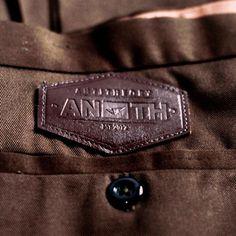 Chino Pants Detailed