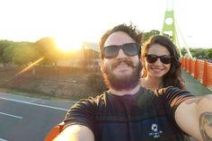 Casal compartilha dicas de como viajar com pouco dinheiro