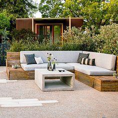 Une banquette simple et pas ch re pour une terrasse ou un jardin bancs d 39 ext rieur - Terrasse jardin simple nimes ...