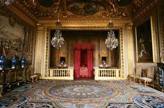Château Vaux-le-Vicomte - the bedroom where King Louis XIV stayed while visiting the château