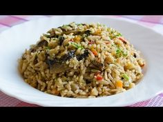 Pilaf de orez cu ciuperci | JamilaCuisine - YouTube Main Dishes, Side Dishes, Romanian Food, Romanian Recipes, Easy Weeknight Meals, Healthy Cooking, Fried Rice, Healthy Lifestyle, Youtube