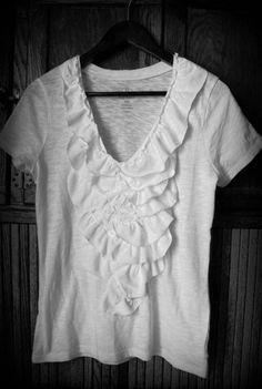 Vintage Pollyanna: T-Shirt Ruffle Re-do