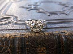 Enchanting 2.01 carat diamond ring in a beautiful filigree white gold mounting