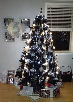 black christmas trees silver christmas rustic christmas all things christmas christmas holidays merry christmas christmas ideas love decorations - Black And Silver Christmas Tree