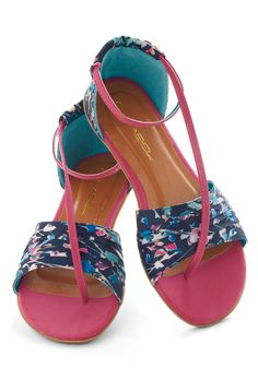 Twist of Gait Sandal - Blue, Multi, Floral, Flat, Faux Leather, Casual, Beach/Resort, Spring, Summer
