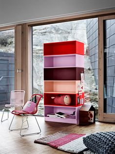 Playful colours in the children's playroom. #montana #furniture #danish #design #storage #interior #inspiration #pink