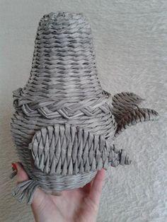 Fotopostup na sliepku 8 Basket Weaving, Woven Baskets, Diy, How To Make, Crafts, Eggs, Craft Ideas, Hampers, Hens
