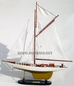 RELIANCE MODEL YACHT - AMERICA CUP 1903