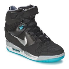 Nike AIR REVOLUTION SKY HI Noir