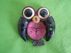 Brooch owl made with buttons #HAF #HAFshop #Handmade $17.00