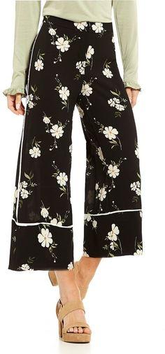 Love & Piece Floral-Print Culotte Pants