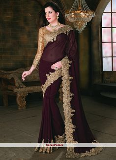 Buy saree and designer saree online. Order this splendid embroidered and patch border work designer saree for festival and party. Pakistani Formal Dresses, Indian Dresses, Indian Outfits, Indian Clothes, Designer Sarees Wedding, Designer Sarees Online, Trendy Sarees, Stylish Sarees, Saris
