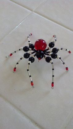 medium size beaded spider by Natjerm on Etsy, $10.00