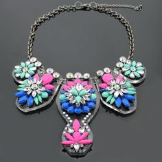 New Fashion Crystal Stone Flower Choker Necklace Bead Cover Chain Jewelry For Women Free Shipping 9100 $31.98