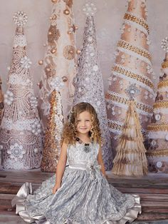 Glamour Holiday ~ fabric photography backdrop from Baby Dream Backdrops Christmas Photo Props, Christmas Portraits, Christmas Backdrops, Christmas Minis, Christmas Pictures, Christmas 2017, Photography Studio Setup, Fabric Photography, Photography Backdrops