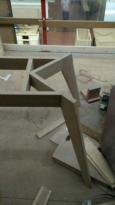 Woodworking Furniture, Plywood Furniture, Furniture Projects, Wood Projects, Diy Furniture, Furniture Design, Diy Esstisch, Esstisch Design, Wood Table Legs