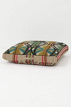 Floor Cushions Anthropologie : 1000+ images about Floor cushions on Pinterest Floor cushions, Outdoor patio swing and Chaise ...