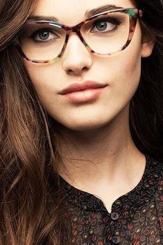 e314a05d26b 5 Eyewear Trends We re Excited to Try Now via  PureWow