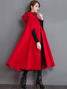 Poncho Cape, Cape Coat, Marianne James, Winter Coats Women, Coat Dress, Couture, Gowns, Beautiful, Stylish