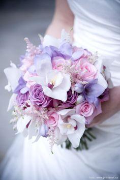 Bride Bouquets, Bridesmaid Bouquet, Quinceanera Decorations, Wedding Decorations, Wedding Favours Luxury, Wedding Flowers, Wedding Day, Wedding Accessories, Floral Arrangements