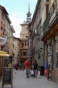 Calle Cimadevilla, Oviedo, Asturias, Spain