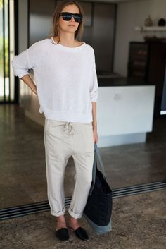 what-do-i-wear:  Some great summer spring/summer style inspiration fromEmerson Fry, a discovery made thanks toPinterest. Super breezy, easy and most importantly simple. For more great style inspiration, headhere.
