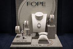 Bortolin Gioielli Udine - le nostre vetrine #fope #gioielli #orologi. Visita il nostro sito www.bortolingioielli.it
