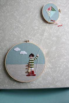 Cuelga bastidores de bordar en la pared y tendrás unos preciosos cuadros