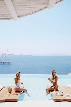 ohhcouture_leoniehanne_Santorini_Greece – 4