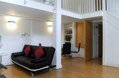 2 Bedroom Apartment in Central London/Zone 1 to rent from £1300 pw. With TV and DVD.