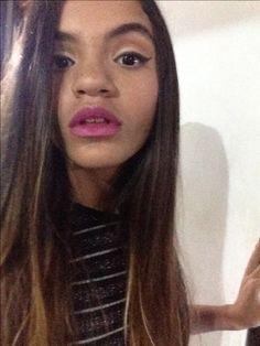 Lipstick party time tips makeup tricks pink lipstick eyeliner