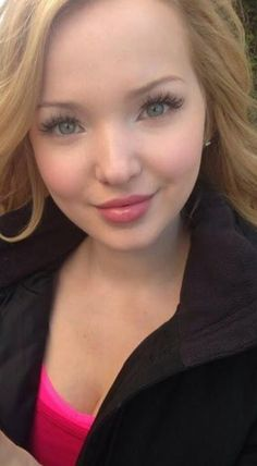 Dove Cameron is so gorgeous