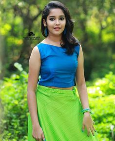 Anikha Surendran photoshoot stills by Sreekkuttan Sree photography. Malayalam actress Anikha Surendran latest photoshoot stills.Images of Baby Anikhai wanna kiss her Beautiful Girl In India, Beautiful Girl Photo, Cute Girl Photo, Beautiful Asian Girls, Beautiful Women, Indian Actress Hot Pics, Most Beautiful Indian Actress, South Indian Actress, Actress Photos