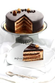 - Layers of dark chocolate cake and Nutella buttercream topped with chocolate ganache! Nutella Chocolate Cake, Chocolate Cake Recipe Easy, Dark Chocolate Cakes, Chocolate Recipes, Torte Cake, Fudge Cake, Pie Cake, Cupcakes, Cupcake Cakes