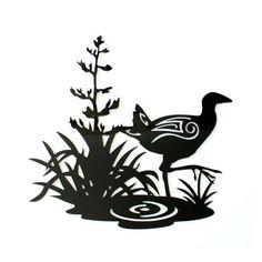 #pukeko #crystal #ashley #wall #art #www.thefurniturestore.co.nz Southern Cross Tattoos, Graphic Patterns, Maori Patterns, Bird Stencil, Maori Designs, Nz Art, Maori Art, Kiwiana, Wood Burning Art