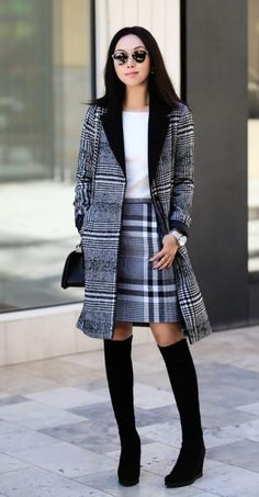 Off-white with a little black qualifies too. Pairing your pencil skirt with an edgy moto jacket is a significant approach to create the workwear favorite a little more youthful. Winter Outfits For Work, Fall Outfits, Cute Outfits, Fashion Outfits, Work Outfits, Ladies Fashion, High Fashion, Casual Outfits, Women's Fashion