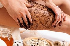 get rid of cellulite with coffee grind body wraps done daily! Click the photo and read Heathers story about how she managed to banish all her cellulite in just 2 months using this method! How To Get Rid Of Cellulite Lose Cellulite, Cellulite Cream, Coffee Cellulite Scrub, Cellulite Oil, Foot Remedies, Natural Remedies, Uses For Coffee Grounds, Cellulite Remedies, Coffee Scrub