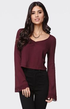 Womens Kendall & Kylie - Kendall & Kylie Bell Sleeve V-Neck Top, shop Womens Kendall & Kylie - Kendall & Kylie Bell Sleeve V-Neck Top Kendall And Kylie, School Fashion, Fashion Pictures, Cute Fashion, V Neck Tops, Dress To Impress, Bell Sleeves, Cool Outfits, Fashion Dresses
