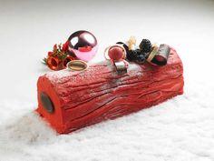 Bûche framboise citron pistache au thermomix. Voici une recette de Bûche framboise citron pistache, simple a réaliser chez vous durant les fêtes de Noël.