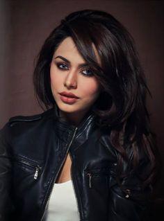 Gorgeous Ayyan Ali