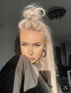 thats why im white --- i dont invite death out of ppl being jealous -- ireally d. - thats why im white — i dont invite death out of ppl being jealous — ireally dont…what i make - Pink Blonde Hair, Blonde Hair Looks, Platinum Blonde Hair, Super Blonde Hair, Hair Inspo, Hair Inspiration, Pretty Hairstyles, Vintage Hairstyles, Easy Hairstyles