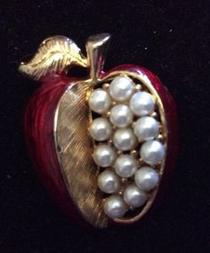 Pearl Apple Pin | Joias, bijuterias e relógios, Bijuteria, Pins e broches | eBay!