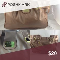 Purse Large purse, excellent condition, used once Bags